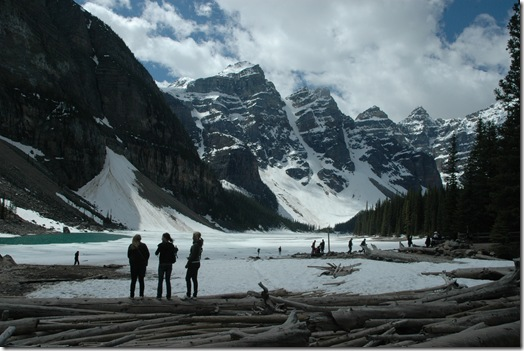 This is Lake Moraine, located adjacent to and somewhat more elevated than Banff National Park's iconic Lake Louise.  We  thought Moraine would surely be nearly empty of international looky-loos, this  early in the season.  But these few figures in the foreground reprsent only the vanguard of a mighty throng.