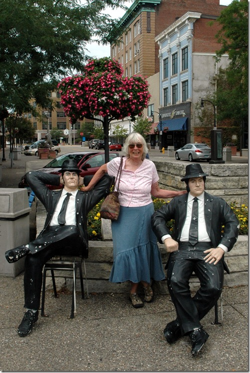 Tina hooks up with Blues Brothers in Rock Island, Illinois.